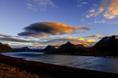 Molnflöde på Westfjords Royaltyfri Bild