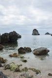 Molnig dag på den Piso Krioneri stranden Parga Grekland Arkivbild