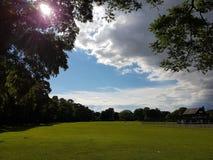 molnig dagpark Arkivbilder