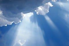 molnig heavenly inspirera lampa Royaltyfri Bild
