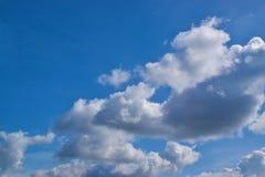 Molnig himmel 0002 Arkivfoton