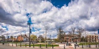 Molnig himmel ovanför staden av Westfield Fotografering för Bildbyråer
