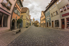 Molnig morgon i Rothenburg Ob Der Tauber Royaltyfria Foton