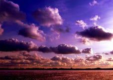 molnig sky Arkivfoton