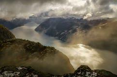 Molniga Lysefjord Arkivbilder