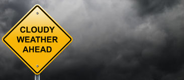 Molnigt vägmärke för väder framåt vektor illustrationer