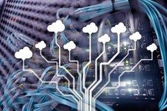 Molnteknologi, nätverkande, datalagring för färgbegrepp för bakgrund blåa internet stock illustrationer