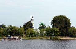 Molo blisko Świętej dziewicy Tolga klasztoru Zdjęcia Royalty Free