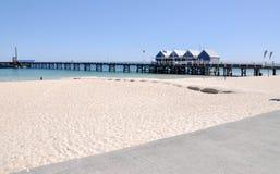 Molo di Busselton e spiaggia, Australia occidentale fotografia stock
