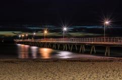 Molo di Glenelg alla notte Fotografia Stock Libera da Diritti