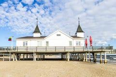 Molo i plaża Ahlbeck przy Baltic Zdjęcia Stock