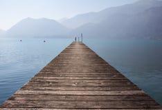 Molo nel lago Attersee Fotografia Stock Libera da Diritti