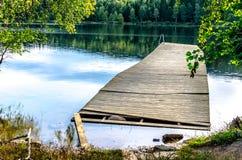 Molo rotto sul lago Sognsvann a Oslo Immagine Stock Libera da Diritti