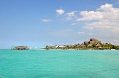 Molo z Luksusowym kurortem na Zanzibar Wyspie Zdjęcia Royalty Free
