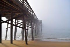 Molo znika w mgłę Fotografia Royalty Free