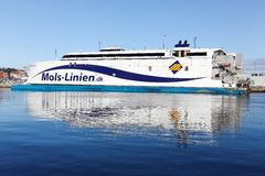 Mols在奥尔胡斯港口linien轮渡在丹麦 库存图片