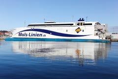 Mols linien a balsa no porto de Aarhus em Dinamarca Imagens de Stock