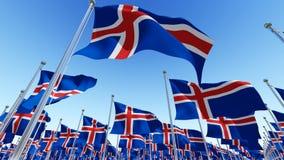 Molte bandiere del gainst dell'Islanda rimuovono il cielo blu illustrazione vettoriale