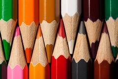 Molte matite colorate differenti Macro del primo piano Immagini Stock Libere da Diritti
