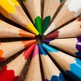 Molte matite colorate differenti Macro del primo piano Fotografie Stock