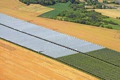 Molte serre sui campi della Francia, la vista superiore Fotografia Stock
