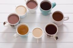 Molte tazze delle bevande calde Immagine Stock Libera da Diritti