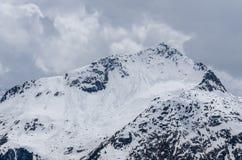 molte valanghe sull'alta montagna Fotografia Stock Libera da Diritti
