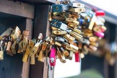 Molti amano le serrature Fotografia Stock Libera da Diritti