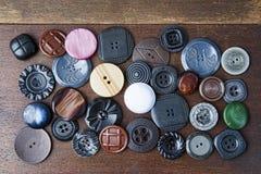 Molti bottoni di vari forme e colori Immagini Stock Libere da Diritti