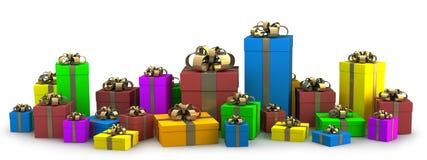 Molti colorano i contenitori di regalo isolati su bianco Immagine Stock