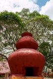 Molti colorano sul vecchio barattolo dell'argilla, Tailandia Fotografia Stock Libera da Diritti