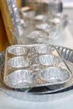 Molti contenitori di alluminio dell'alimento Immagine Stock