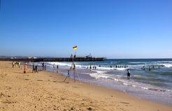 Molti creatori di festa sulla spiaggia del nord a Durban Immagini Stock Libere da Diritti