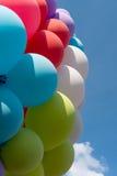 Molti dei palloni contro il cielo blu Fotografia Stock Libera da Diritti