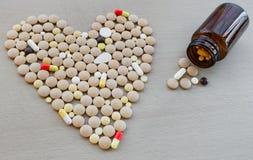 Molti farmaco e pillole variopinti Fotografia Stock