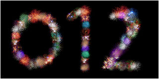 Molti gruppi di fuochi d'artificio d'esplosione hanno modellato come i numeri Fotografia Stock Libera da Diritti