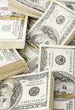 Molti gruppo degli Stati Uniti 100 dollari di banconote Fotografie Stock Libere da Diritti