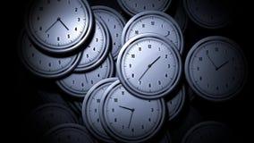 Molti orologi distribuiti a caso illustrazione di stock