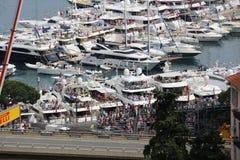 Molti spettatori guardano il Gran Premio 2016 di F1 Monaco dal Yac Fotografia Stock Libera da Diritti