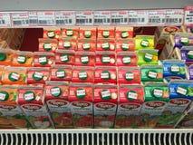 Molti tipi di succhi di frutta Fotografie Stock Libere da Diritti