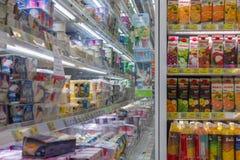 Molti tipi di succhi di frutta Immagine Stock