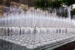 Molti vetri di vino vuoti Fotografie Stock
