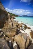 Molto granito oscilla su una costa sulle Seychelles 64 Fotografia Stock Libera da Diritti