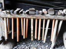 Molto martello differente in villaggio, Lituania immagine stock libera da diritti