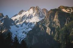 Molto picchi di alta montagna Fotografia Stock Libera da Diritti