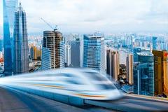 Molto treno ad alta velocità Fotografie Stock Libere da Diritti