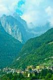 Molveno See in den Dolomit, Italien Lizenzfreies Stockfoto
