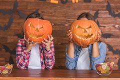 Free Mom And Daughter Ready For Halloween Royalty Free Stock Photos - 100961838
