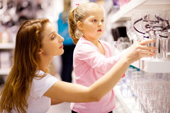 Mom girl shopping Royalty Free Stock Photo
