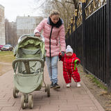 Mom with little daughter walk Royalty Free Stock Photos